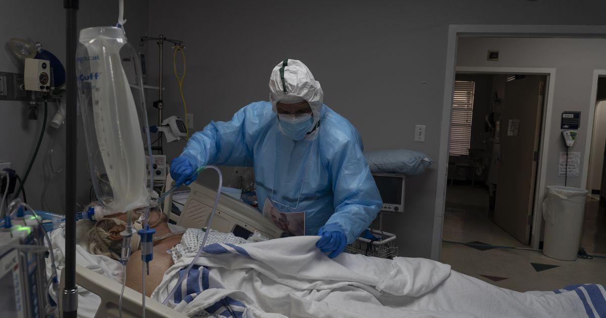 'Es como una maldita película de terror:' Los trabajadores de la salud se desahogan sobre los teóricos de la conspiración COVID-19