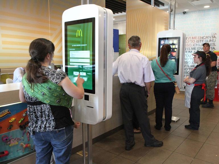 Los clientes de McDonald's acaban de recibir buenas noticias.  Comenzó como la diversión de un ingeniero