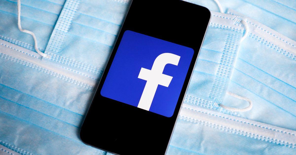 Facebook para enviar notificaciones a los usuarios a quienes les gusta o comparten información errónea sobre COVID-19