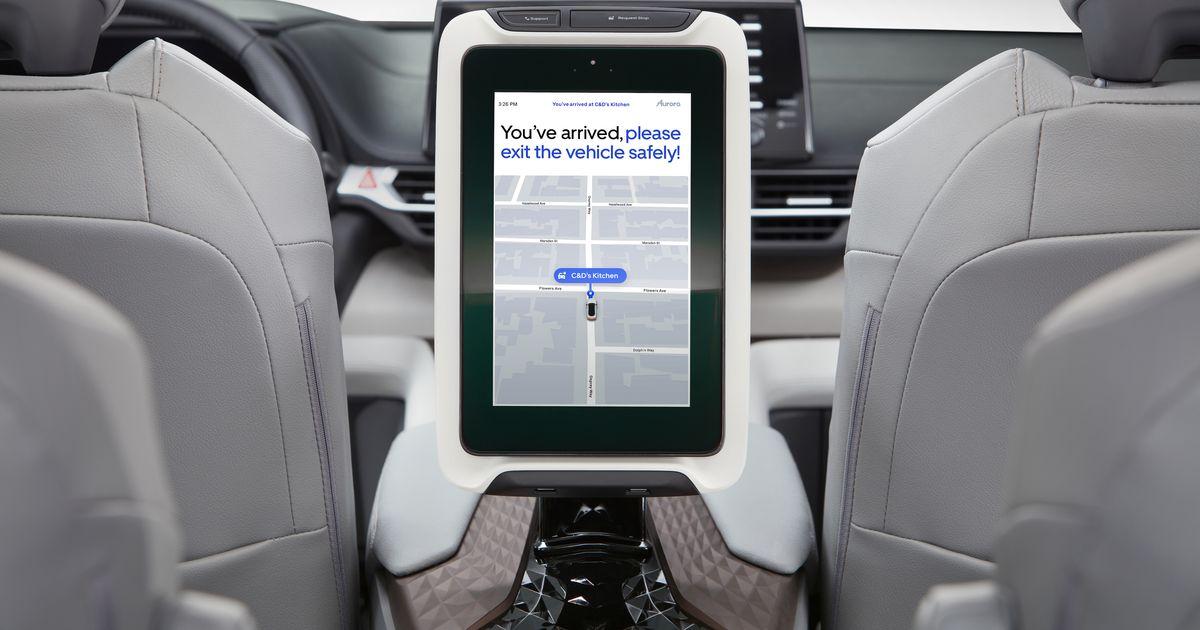 Los usuarios de Uber podrían tomar minivans Toyota autónomos con la ayuda de Aurora