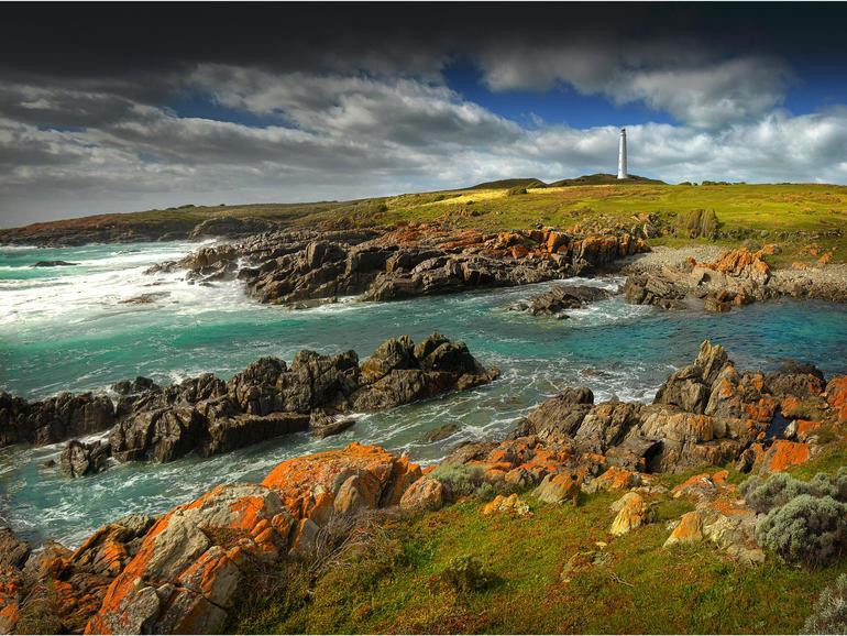 Actualización de la conectividad de King Island para incluir un enlace de radio de 110 km a través del estrecho de Bass