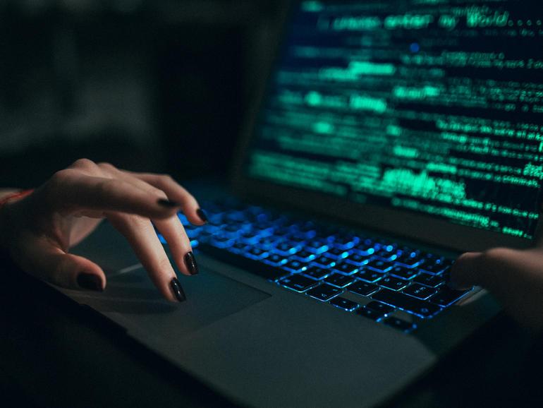 El ciberataque a la universidad del Reino Unido acaba con el aprendizaje en línea, Teams y Zoom