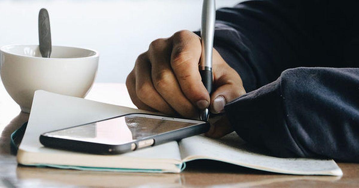 Ponga su gran idea en papel con este curso de escritura creativa de $ 30